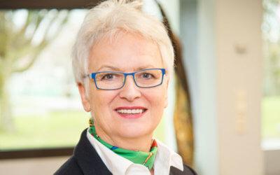 Vierzig Jahre im Dienste der Bildung – Oberstudiendirektorin Hildegard Ostermeyer begeht ihr 40-jähriges Dienstjubiläum