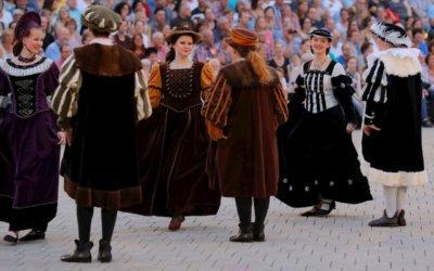 Renaissancetanzgruppe sucht noch Mittänzerinnen und Mittänzer